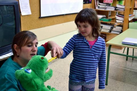 Campaña de salud bucodental en colegios e ikastolas de Navarra